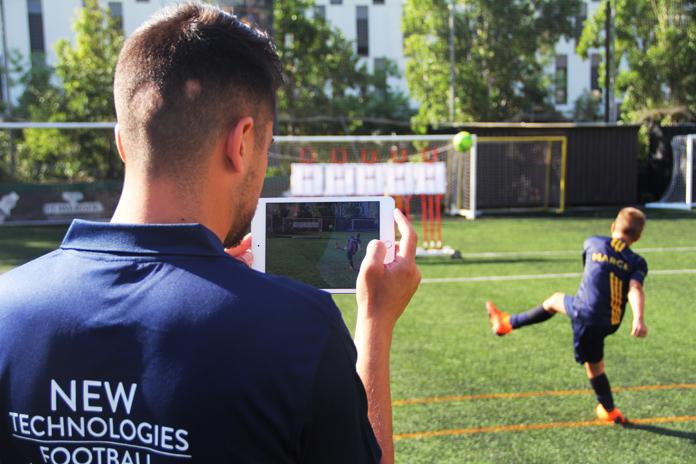 Implementar el uso de las Nuevas Tecnologías en la formación futbolística es desde hace años una de las grandes apuestas de Marcet. Utilizar aparatos de última generación en las sesiones de entrenamiento es un requisito fundamental a la hora de aprender fútbol inteligente.